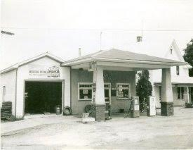 Original Cavadini's Gas Station